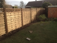 All types of domestic, commercial and agricultural fencing and hedge laying